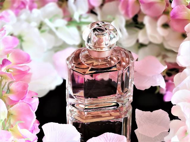 avis parfum mon guerlain, avis mon guerlain floral, avis mon guerlain eau de parfum florale guerlain, mon guerlain florale guerlain, pub parfum angelina jolie