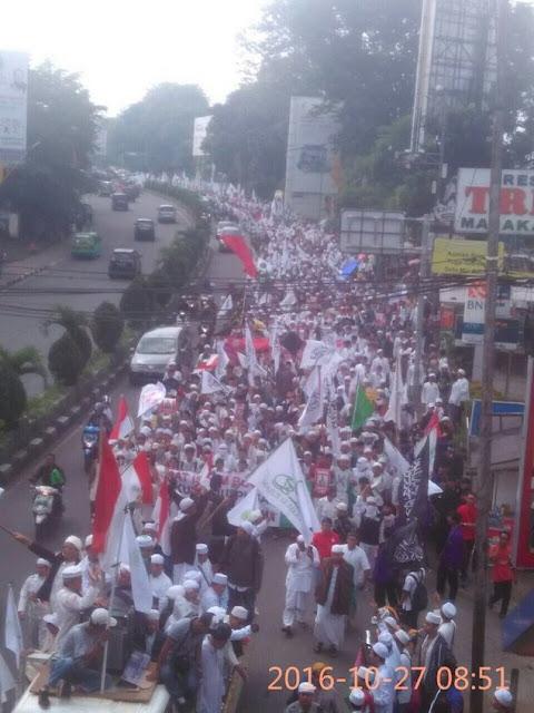 Ribuan Massa Umat Islam Bogor Turun ke Jalan Aksi Kawal Fatwa MUI, Tuntut Penista Alquran