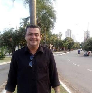 Coluna Almanaque: DE VOLTA AO BATENTE