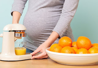 Orange eating  during pregnancy is safe? Pregnancy mein Santra khana in Hindi/Urdu.