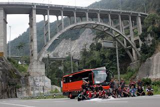 buspariwisatasewa354290890