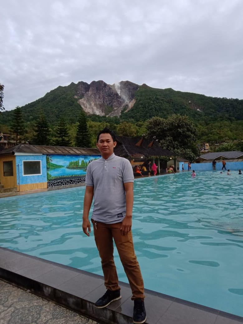 Pemandian Alam Air Panas Pariban Yang Terletak di Bawah Kaki Gunung Sibayak