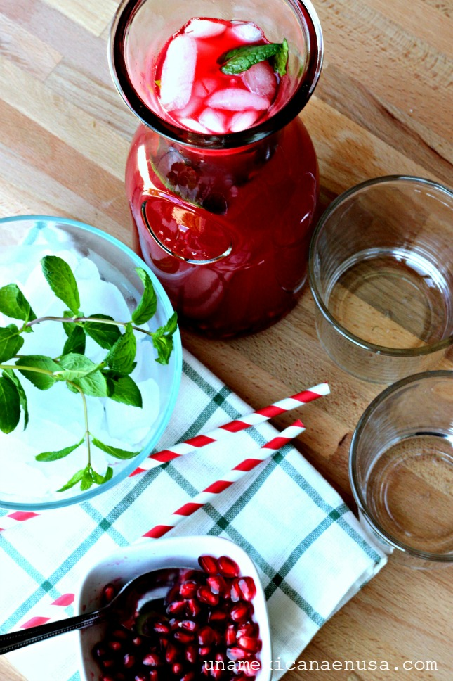 Refresco de granada y menta by www.unamexicanaenusa.com