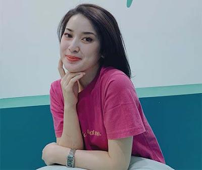 Rosiana Dewi Cantik