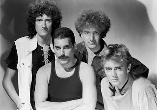 Queen Lyrics - Bet Your Bottom Dollar Bill You're A Playboy