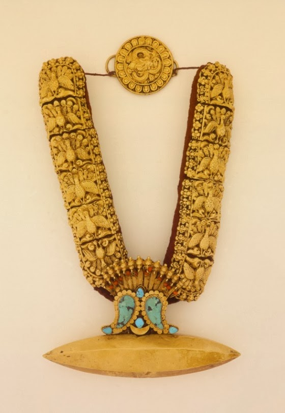 Local style Nepalese ethnic jewelry necklaces