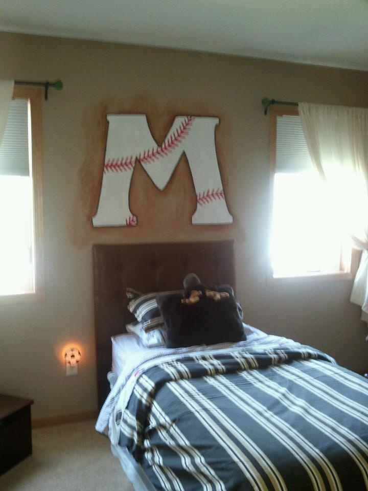 Softball Bedroom Decorations Design And Ideas 14