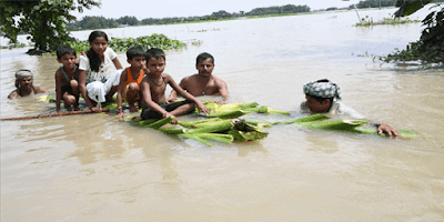 http://www.khabarspecial.com/big-story/bihar-floods-worsen-condition-in-15-districts-110-dead-90-lakh-people-affected-khabarspecial-%E0%A4%AC%E0%A4%BF%E0%A4%B9%E0%A4%BE%E0%A4%B0-%E0%A4%AE%E0%A5%87%E0%A4%82-%E0%A4%AC%E0%A4%BE%E0%A4%A2/