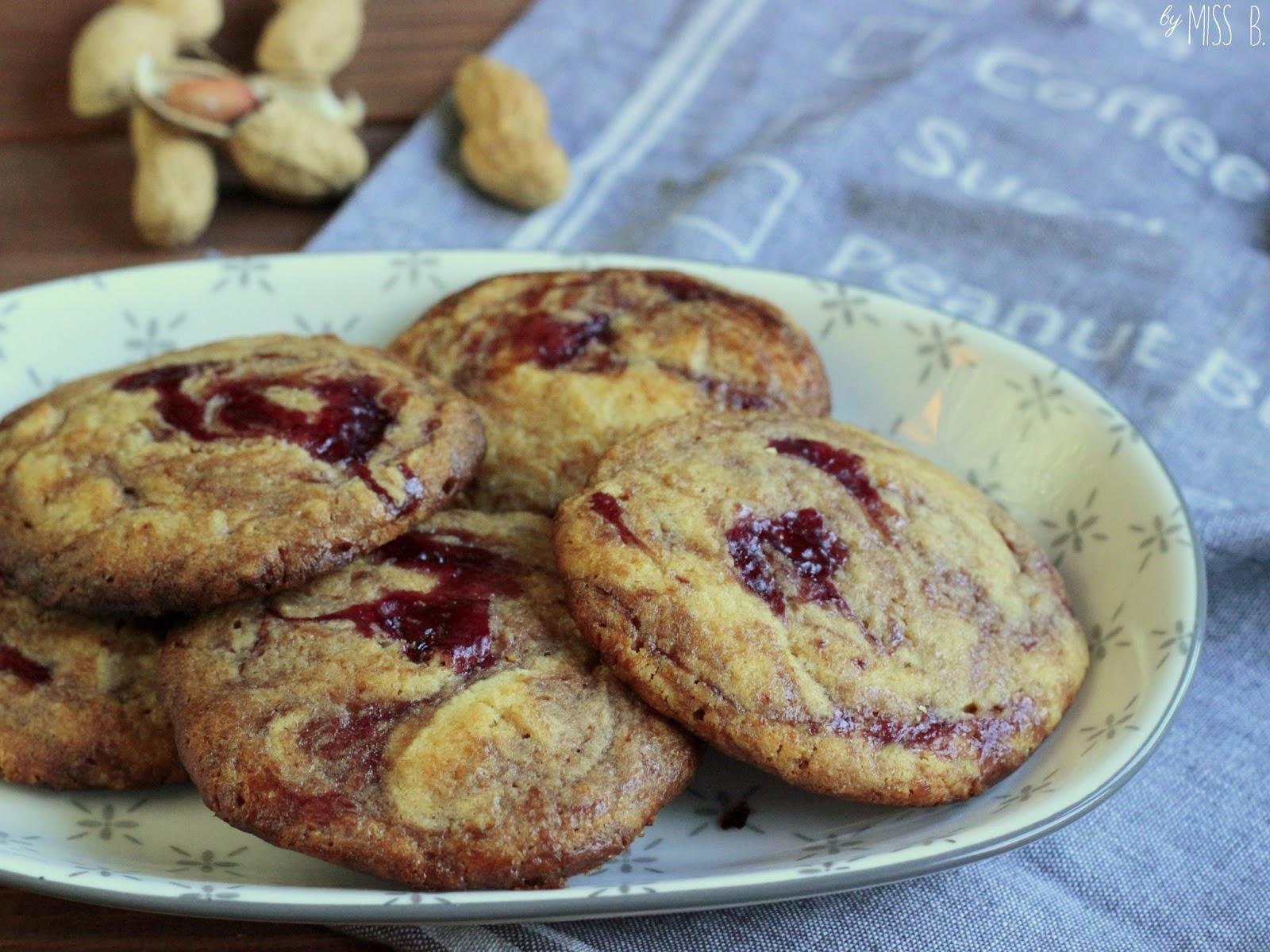 Peanutbutter-Jelly-Cookies - OH YEAH!