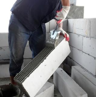 contoh pemasangan bata ringan menggunakan trowel