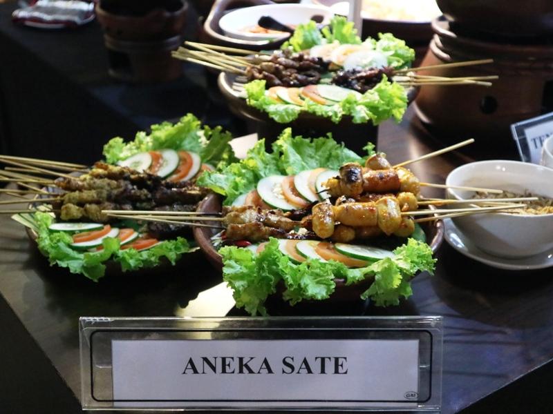 Aneka Sate di SatayDay On Saturday Hotel Merapi Merbabu Yogyakarta