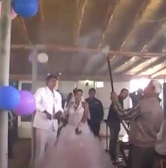 Ini Dia Resepsi Pernikahan Paling Absurd di Dunia Yang Bikin Ngakak