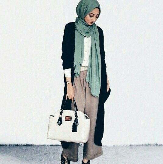 30 Gaya Fashion Hijab Casual Terbaru 2017