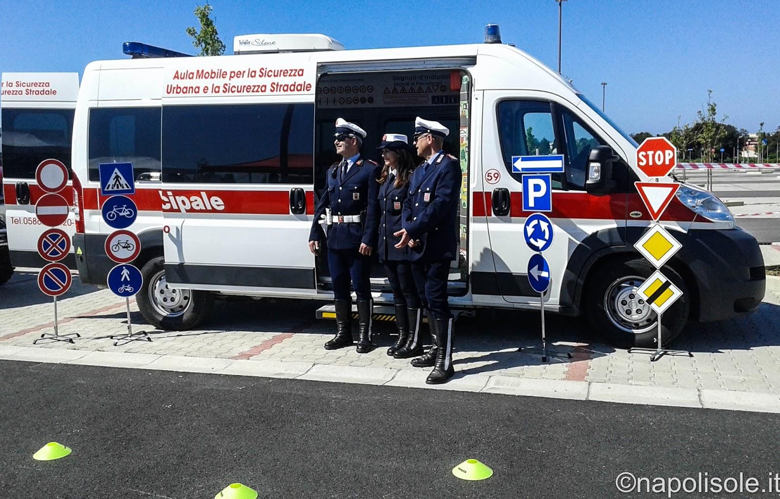 Napolisole Avviso Di Mobilit Per Agente Di Polizia
