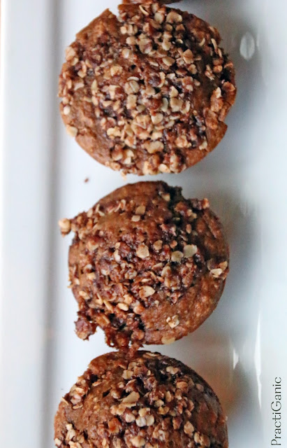 Vegan and Healthy Chai Spiced Muffins with Oat Crumble