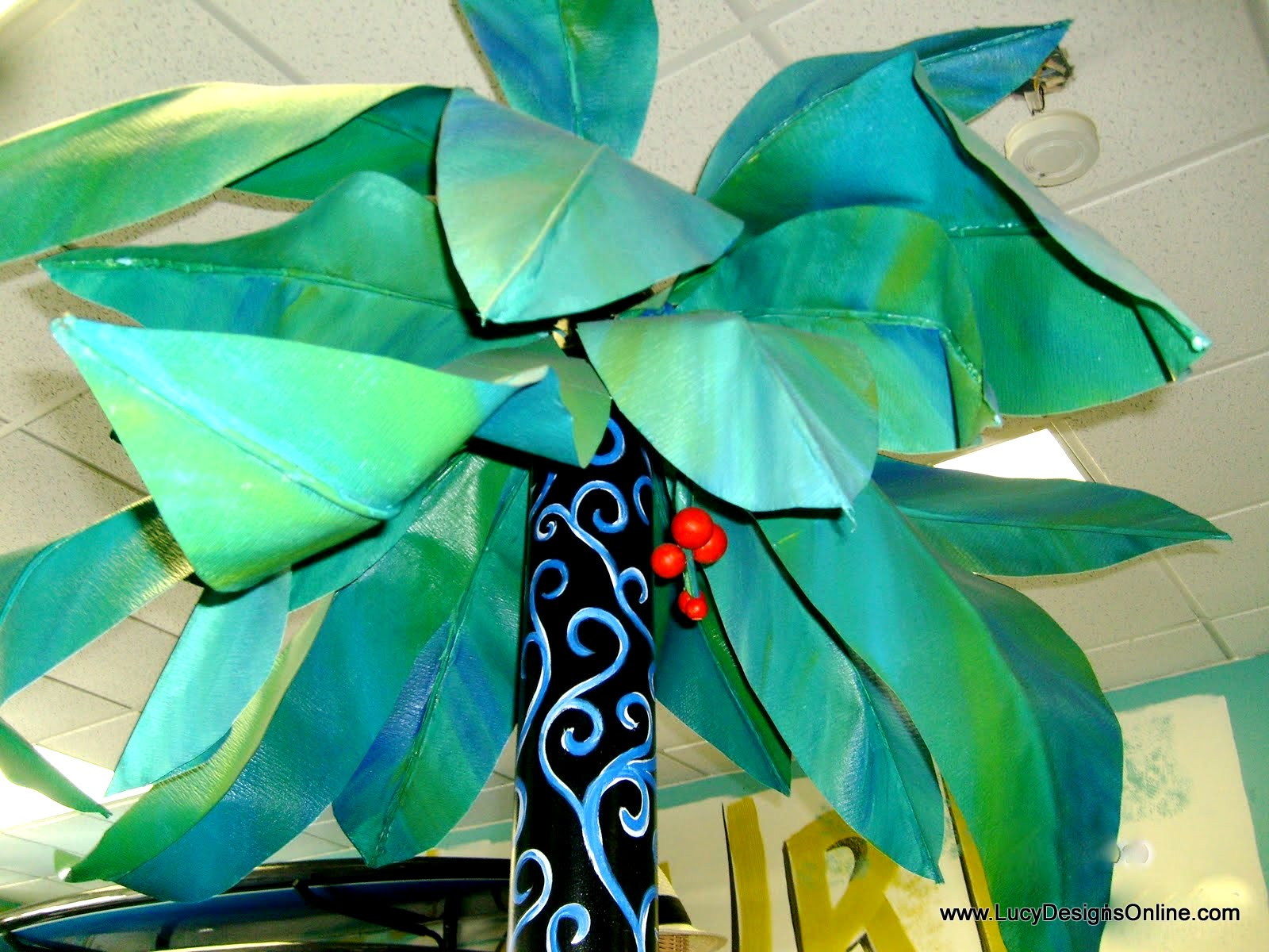 diy paper palm tree leaves and berries