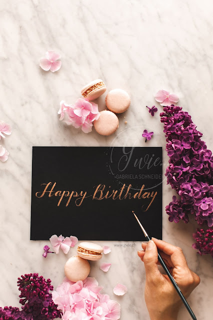 handlettering, brush, happy birthday, lilac, flieder, macarons, flatlay