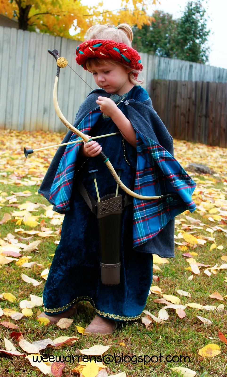 Halloween Costumes! Braveu0027s Merida (and Baby Bear) Costume using free patterns  sc 1 st  Wee Warrens & Wee Warrens: Halloween Costumes! Braveu0027s Merida (and Baby Bear ...
