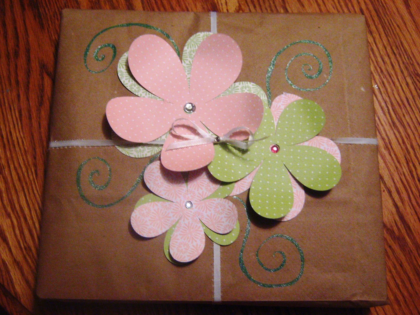 Creative Gift Wrap Idea Melissa Kaylene