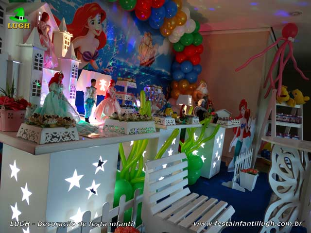 Mesa temática A Pequena Sereia - Decoração de aniversário infantil