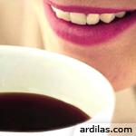 Tips Cara Alami Menghindari & Memutihkan Gigi Kuning Kopi