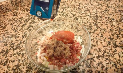 añadimos tomate frito
