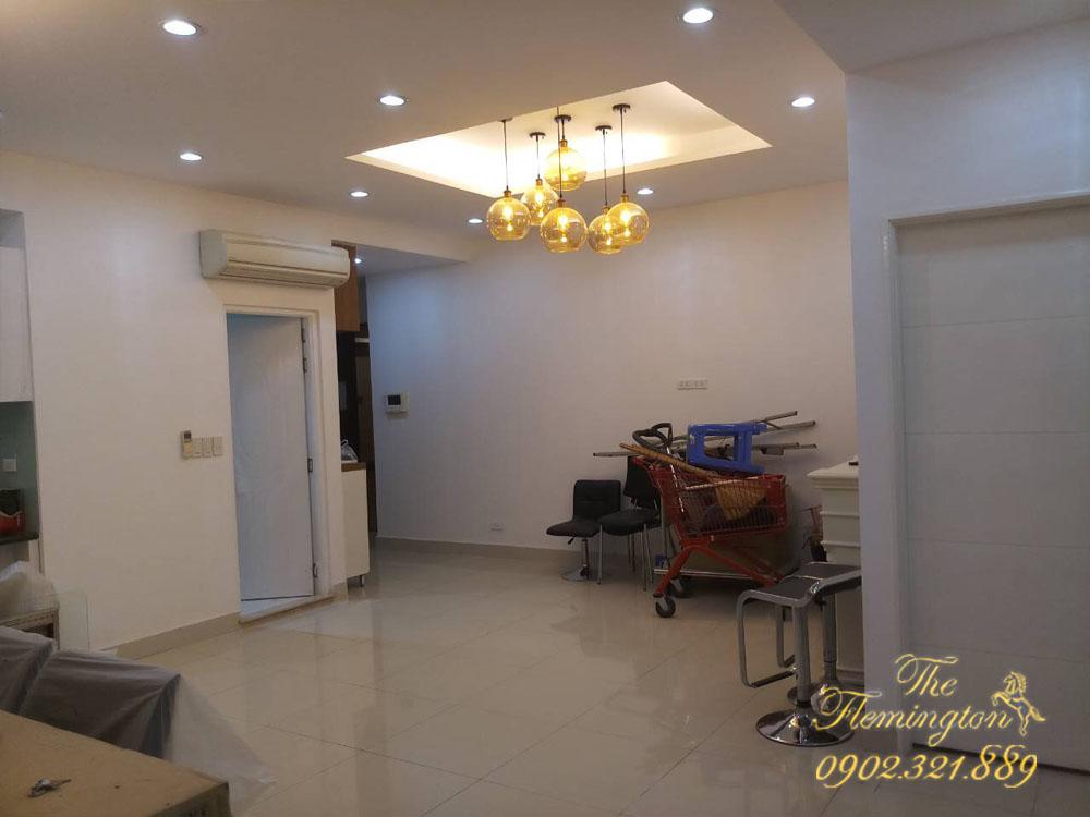 5 căn hộ THE FLEMINGTON cho thuê giá tốt nội thất đầy đủ - đèn chùm phòng khách