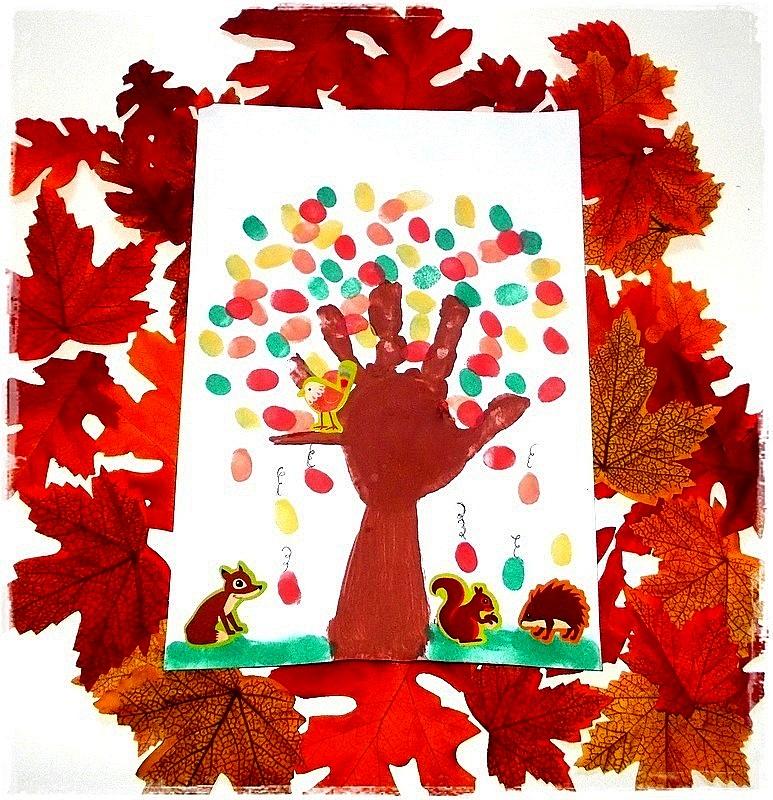 mademoiselle coralie arbre d 39 automne en empreinte de main et de doigts. Black Bedroom Furniture Sets. Home Design Ideas