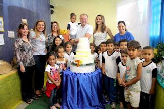 Prefeito Gilson Fantin visita Mostra Cultural em algumas unidades de ensino e é recebido com carinho pelos alunos