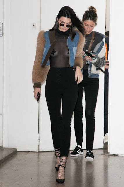 Kendall Jenner nipple pasties and nipslip