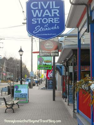 Shopping on Steinwehr Avenue in Gettysburg Pennsylvania