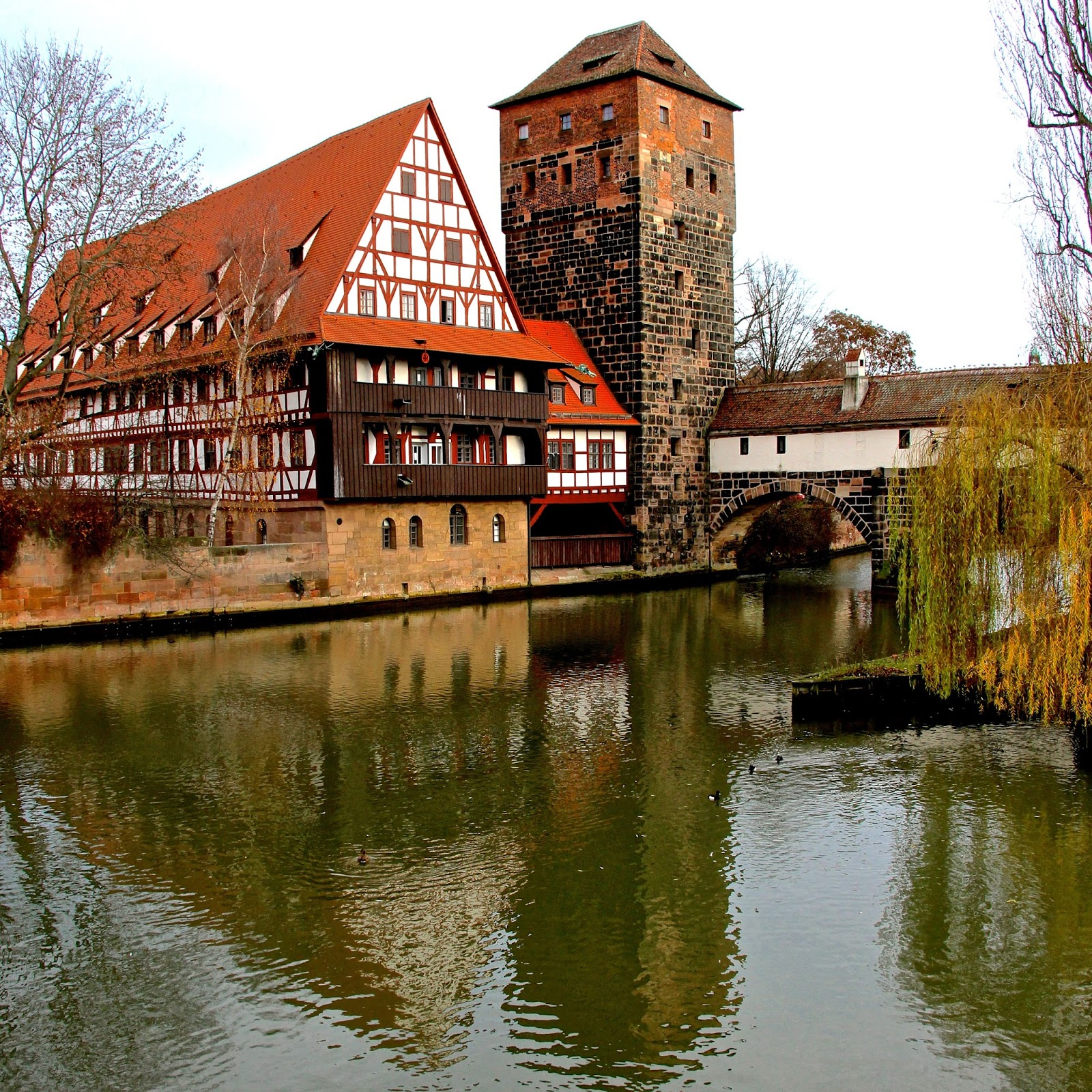 view from the maxbrücke in the old town... Nürnberg