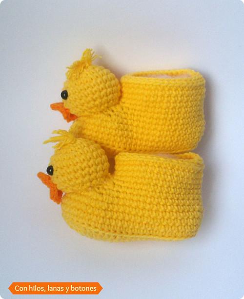 Con hilos, lanas y botones: Ducky Baby Booties (patucos de ganchillo con forma de pato)