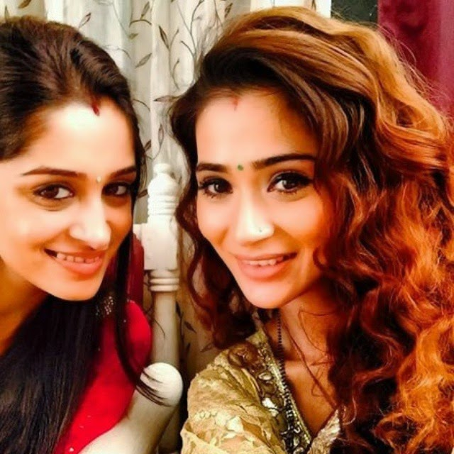 @ssarakhan & @ms.depika ☺