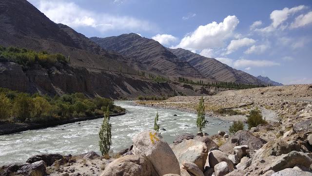 Leh Ladakh Bike Trip, Indus River