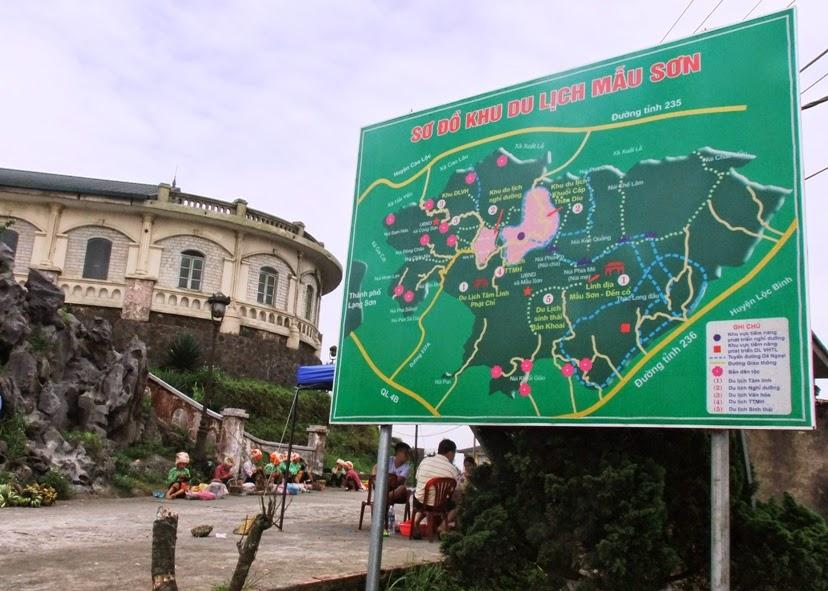 Từ Hà Nội đi Mẫu Sơn bao nhiêu km, cách Lạng Sơn bao xa