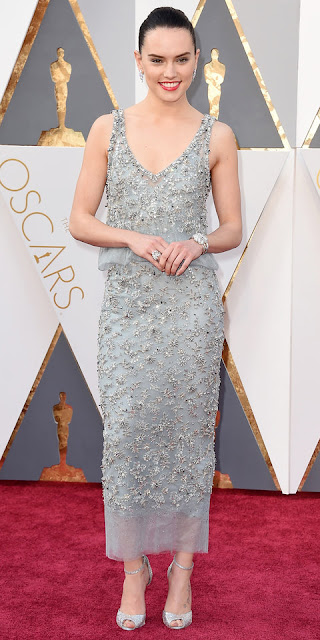 http://www.lush-fab-glam.com/2016/03/oscar-awards-2016-best-dressed.html