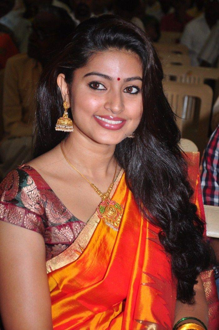 Actress Sneha 16 Beautiful Hd Photos Download - Indian -3839