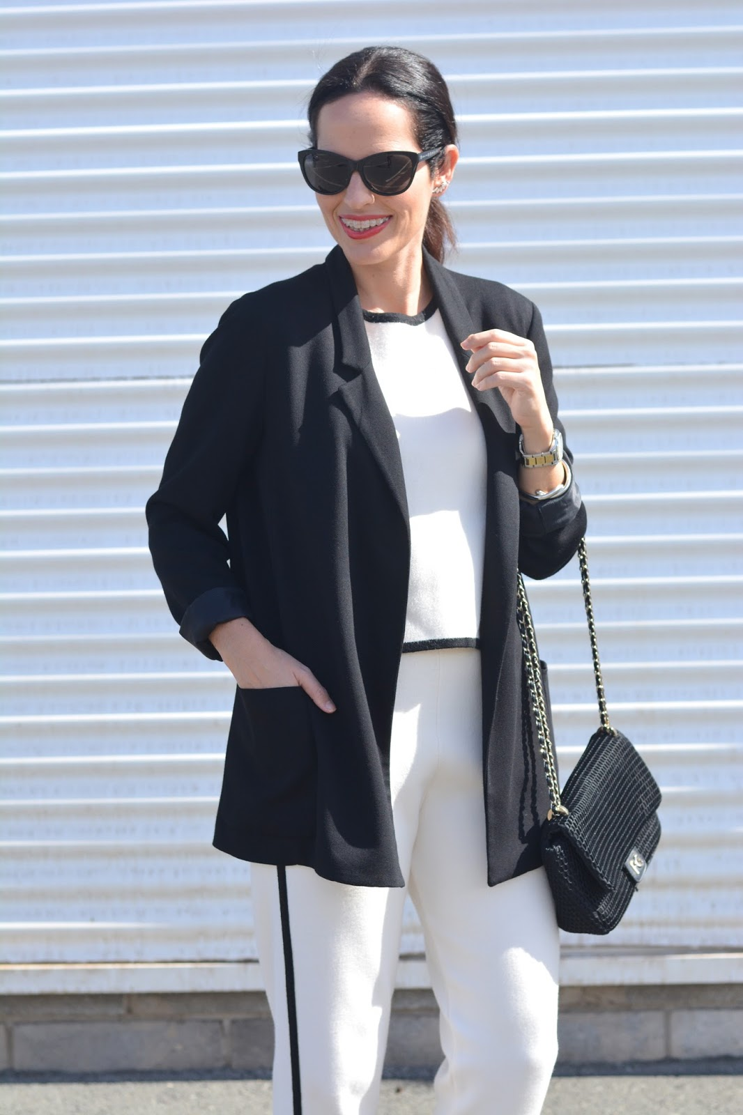 black-white-oversize-blazer-zara-basic