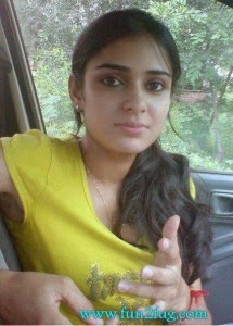 ROSANNA: Online girlfriend pakistan