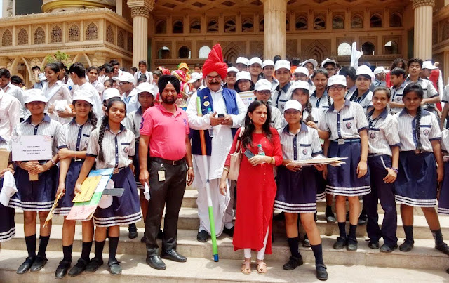 Children of Hammerton Grammar School meet Governor Captain Singh Solanki in Guru Gargam of the Kingdom of Dreams