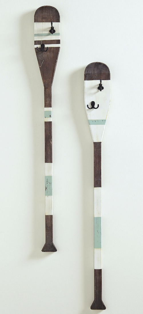 Oars with Hooks Vertical