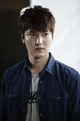 Dia mengawali karir di drama televise bergenre Komedi Seri  Profil Lengkap Aktor Lee Min Ho