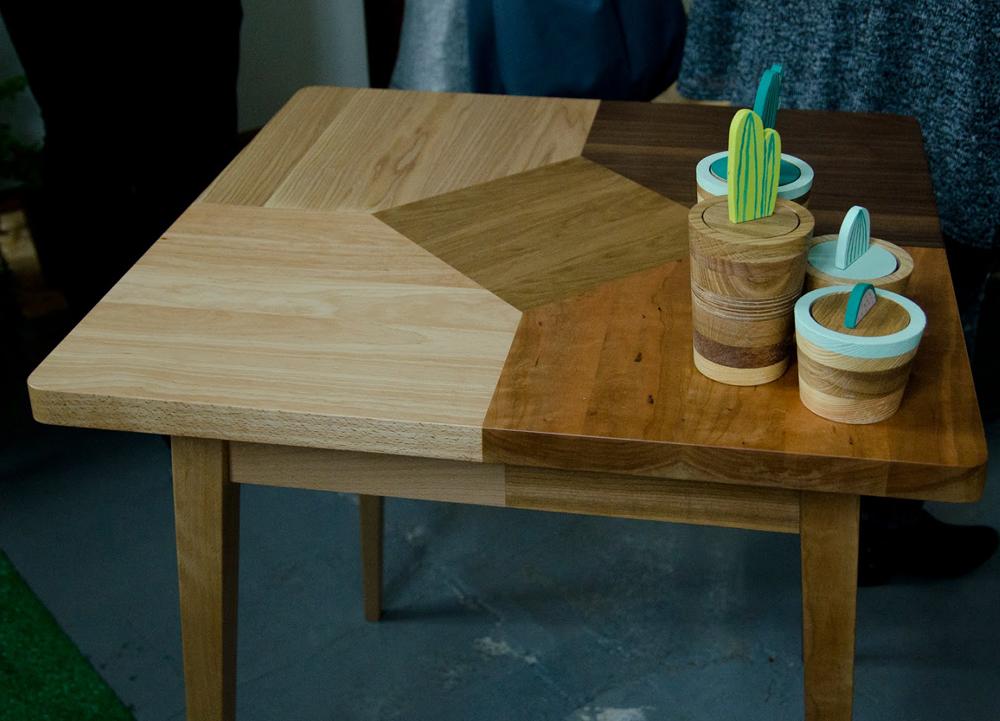 Zgrabne drewniane meble Wood&Paper.
