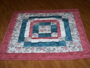 SQUARE TABLE TOPPER