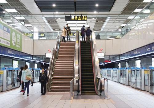 台北捷運空間,比安藤忠雄規畫得更友善!