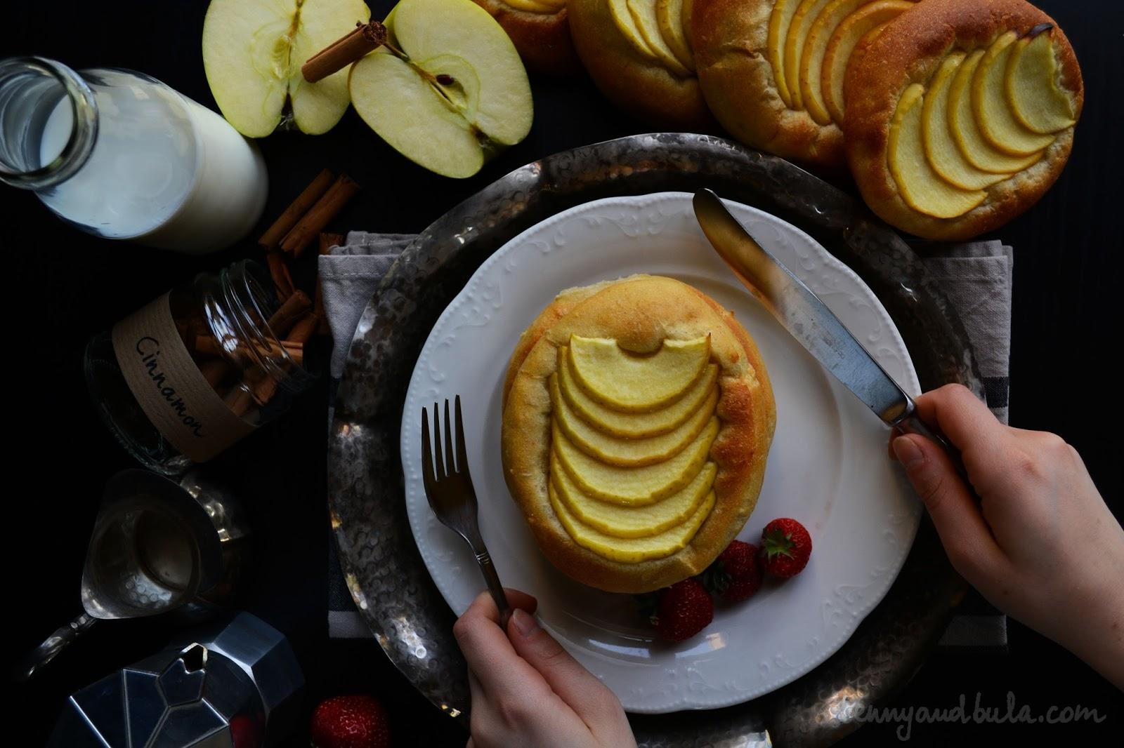 apple brioche pancake/ panbrioche alle mele senza burro