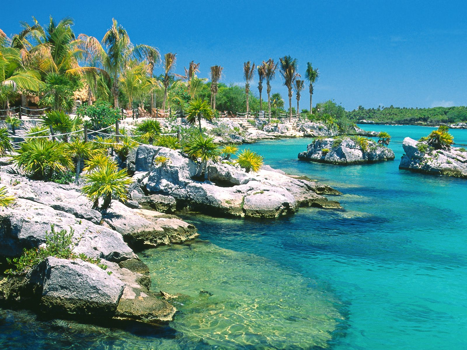 Beautiful Vacation And Travel In Cancun Mexico:Choice Your