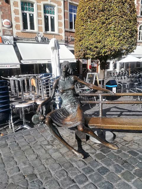 visite leuven en amoureux oude markt