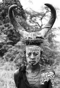 Kiigbo Kiigba Ethiopian tribe young Mursi warrior